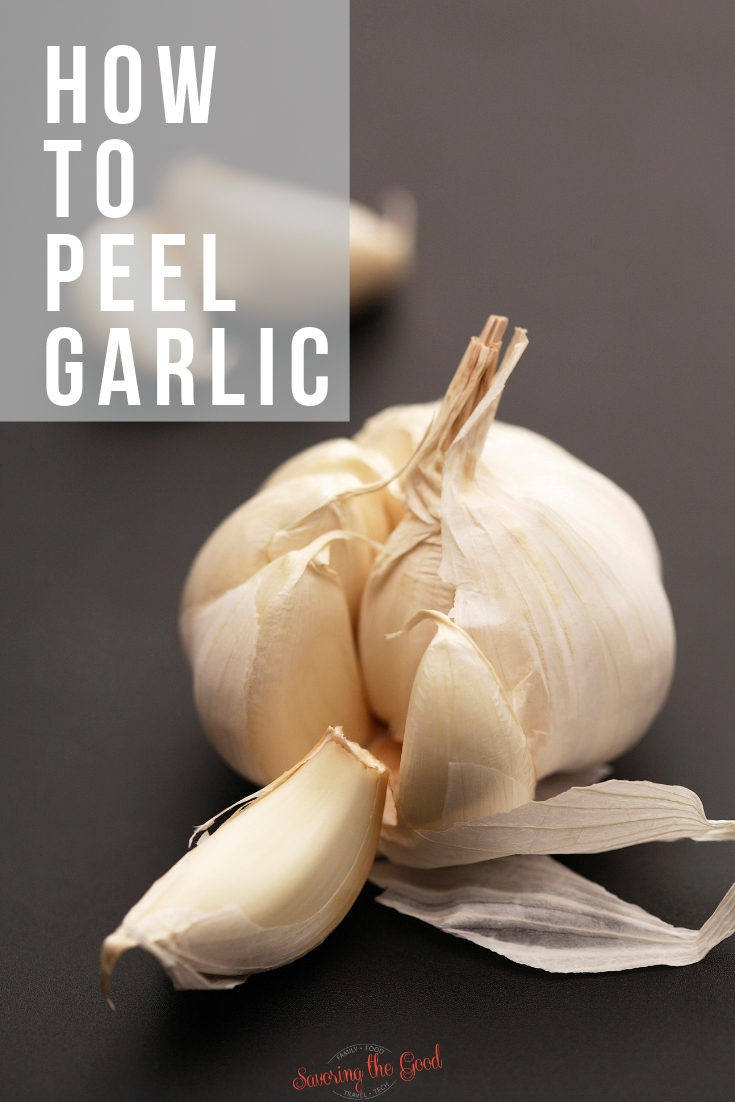Here is a short lesson on how to peel garlic with little hassle. Peeling garlic is easy and once you know my tips you will never be frustrated about how to peel garlic again. #lifeskills #kitchenskills #garlic