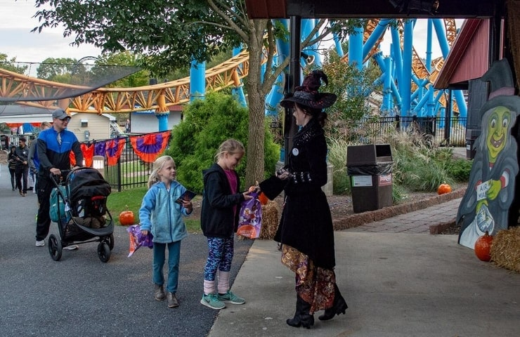 handing out candy at hersheypark for halloween