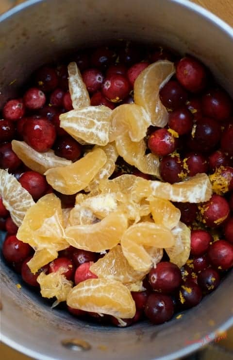 3-ingredient-homemade-cranberry-sauce-made-in-5-minutes-3