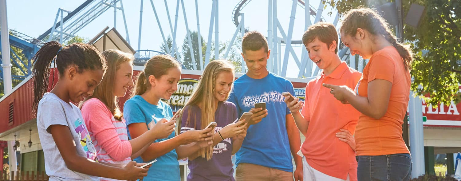 hersheypark kids on devices