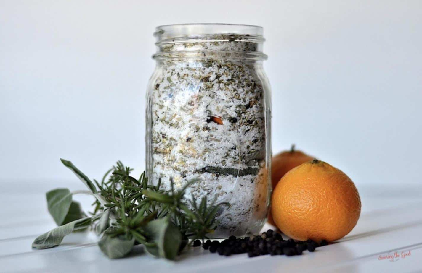 Easy Thanksgiving Turkey Brine Dry Mix Recipe with oranges on the side