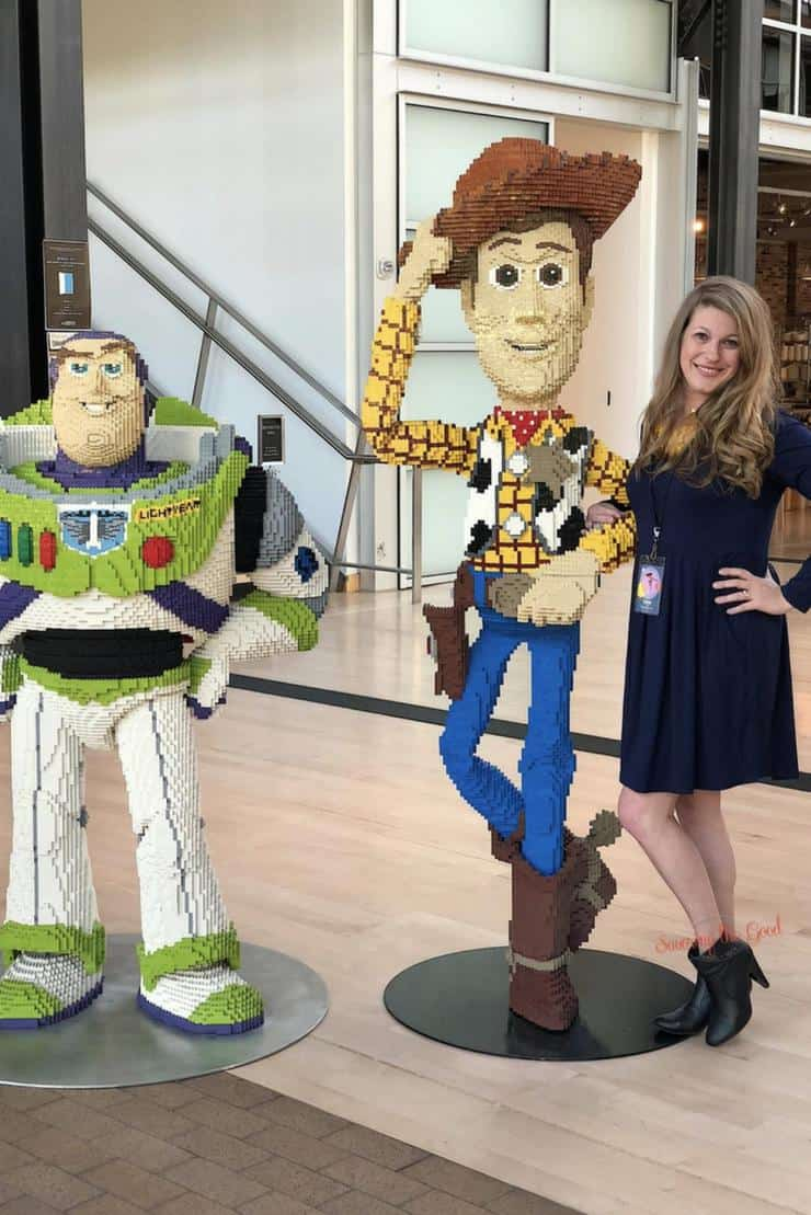 pixar lobby characters woody and buzz lightyear