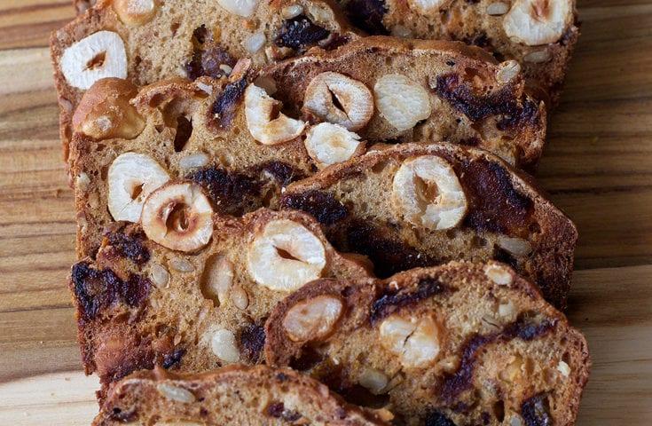 Almondina Hazelnut Date Thins