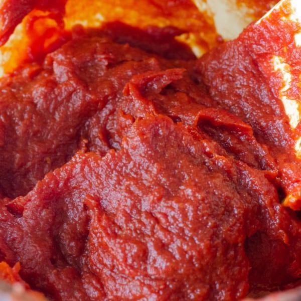 How to Make Homemade Tomato Paste