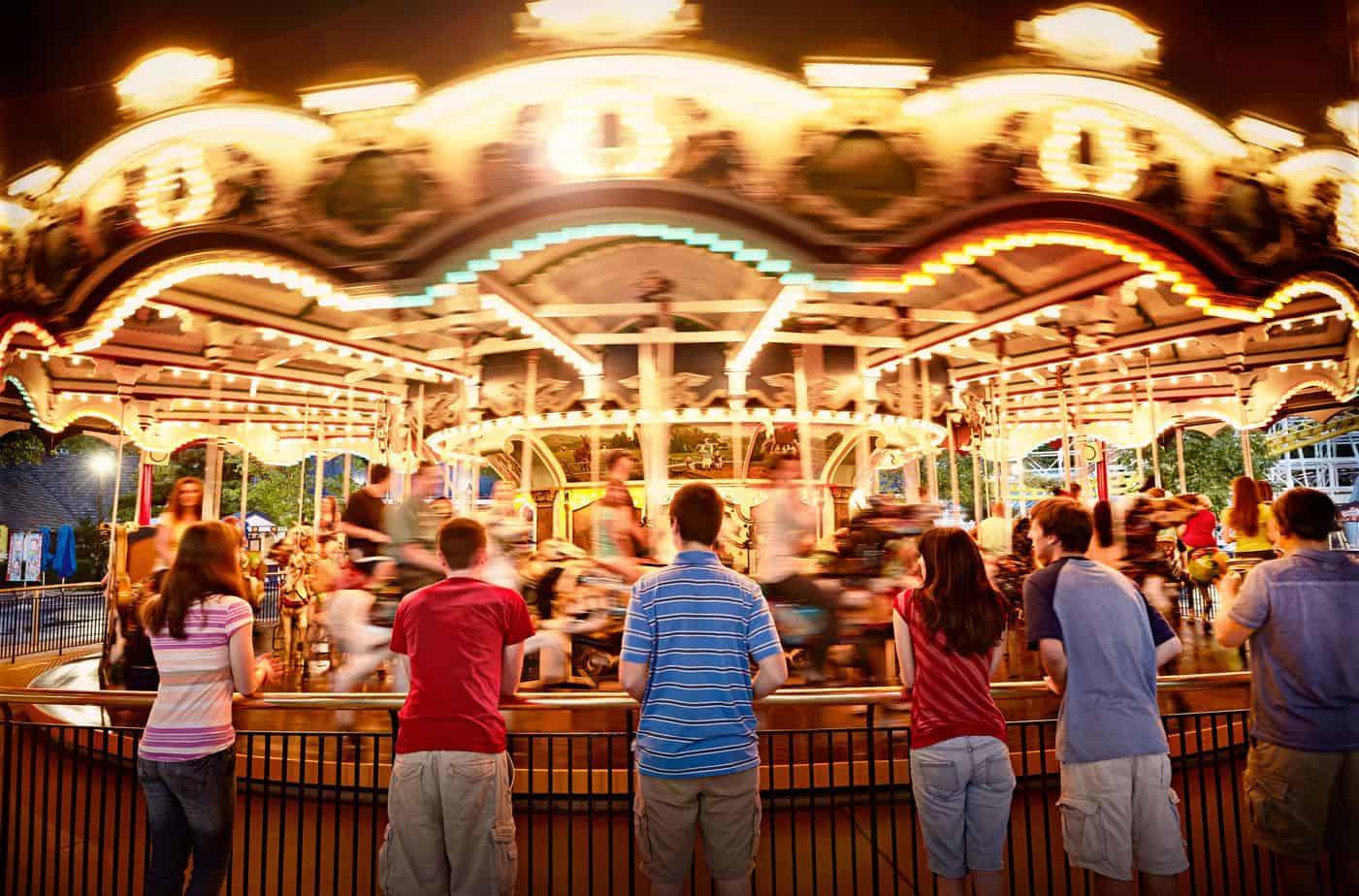 hersheypark carousel at night