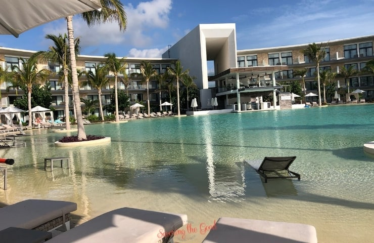 Haven Riviera Cancun 0 entry round pool
