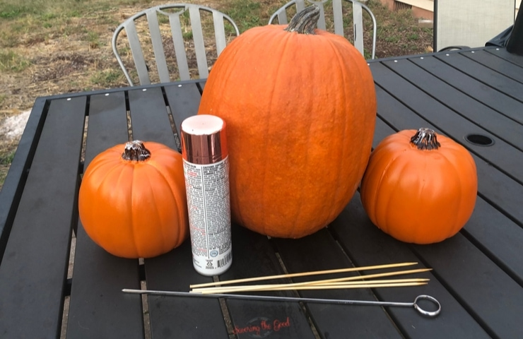 materials to make a Mickey Mouse Pumpkin