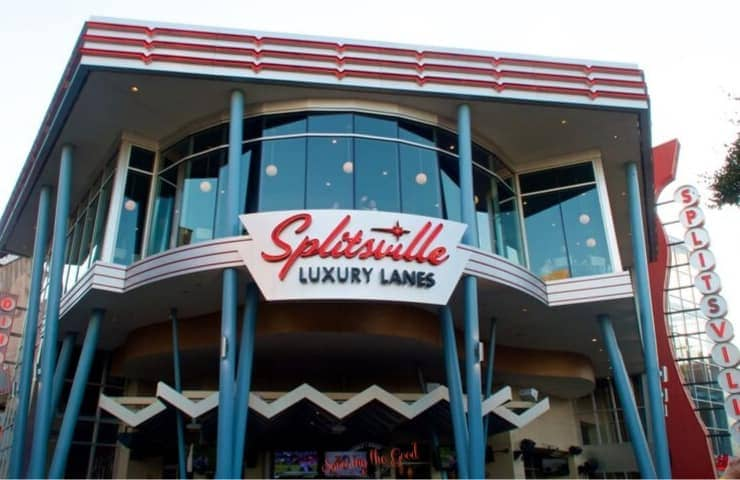 Splitsville Orlando front of the building