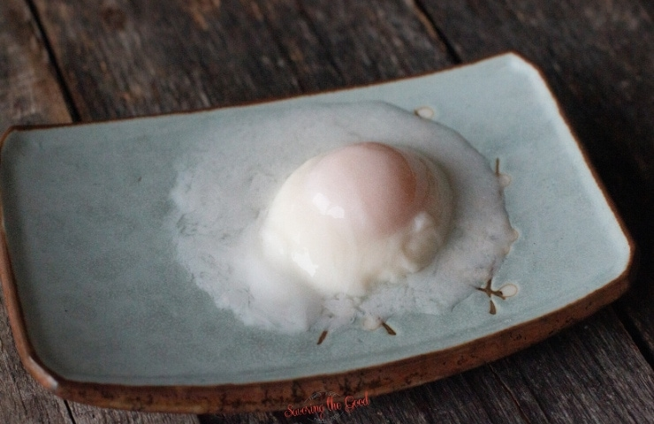 63 degree sous vide egg on a plate