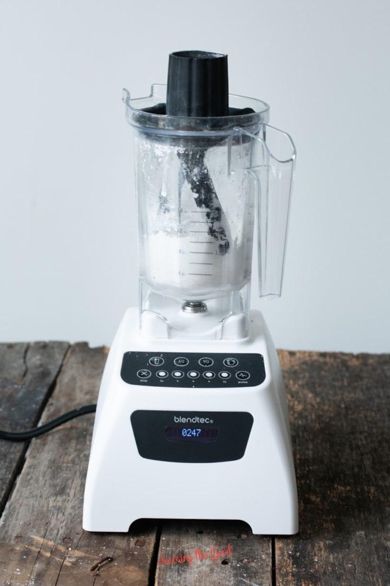 DIY starbucks vanilla bean powder in a blendtec blender